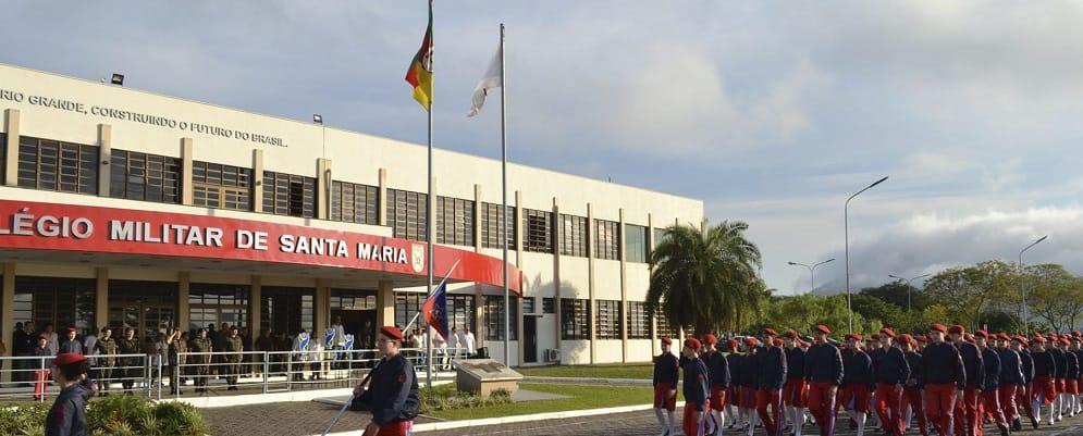 entrada principal do colégio militar de santa maria CMSM